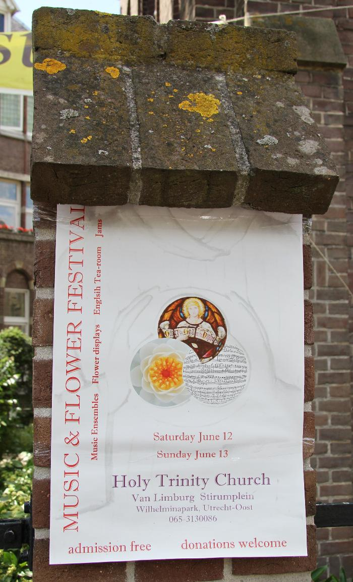 photo of the announcement of the Music & Flower Festival