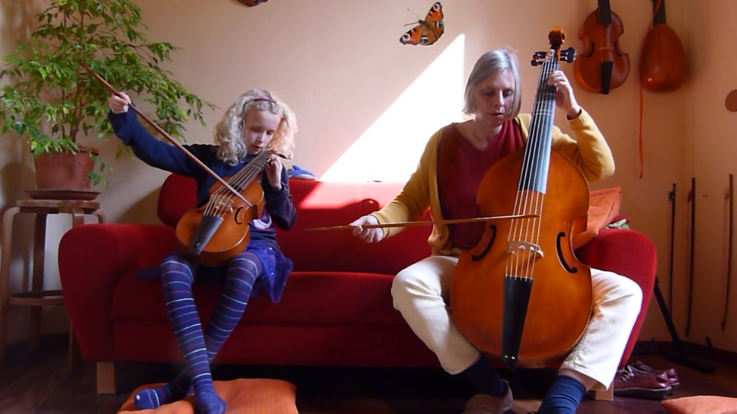 photo from Janne and Leonoor, while they are bowing on the descant and the bass viola da gamba