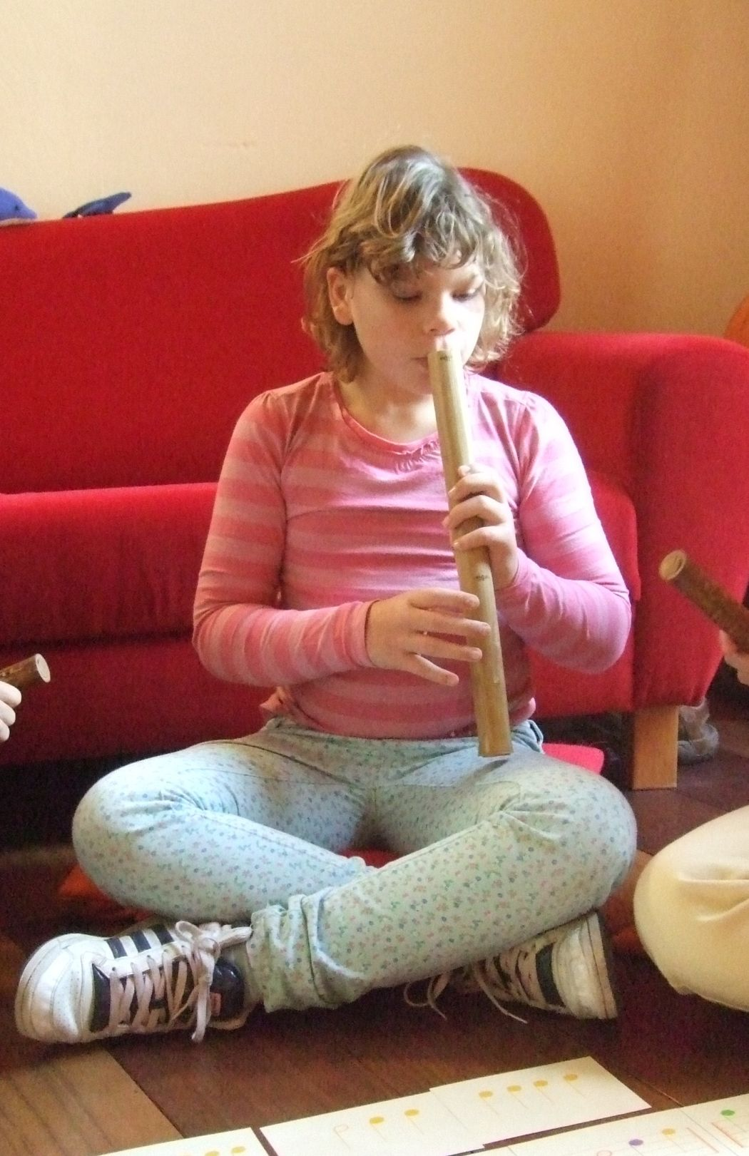 photo from Roos with the one tone bamboo flute